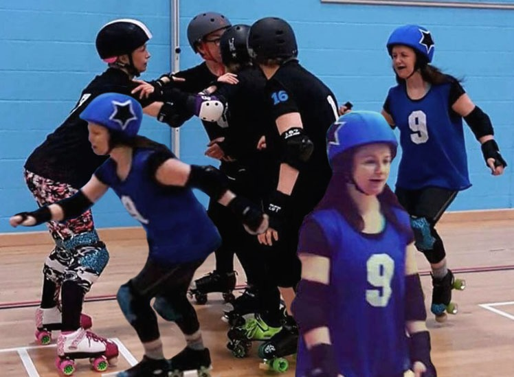 06e473bdeb8 ... home game last month. Now it's time for another Helgin Roller Derby  skater spotlight, and this month it's the turn of amazing #74 Moulin Bruise!